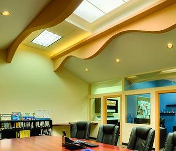 Потолок с волной