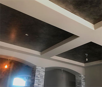 Гипсокартонный потолок в частном доме